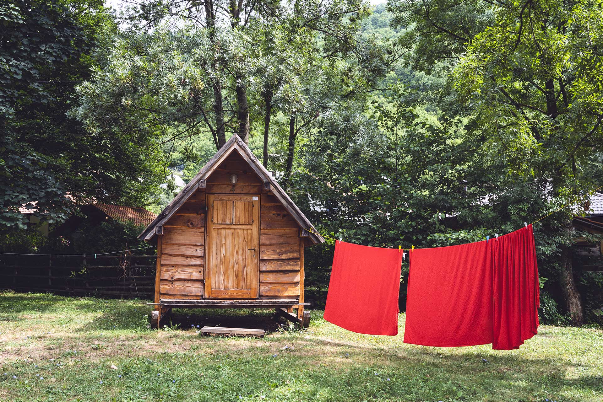 Cozy bungalows for two at Boračko lake