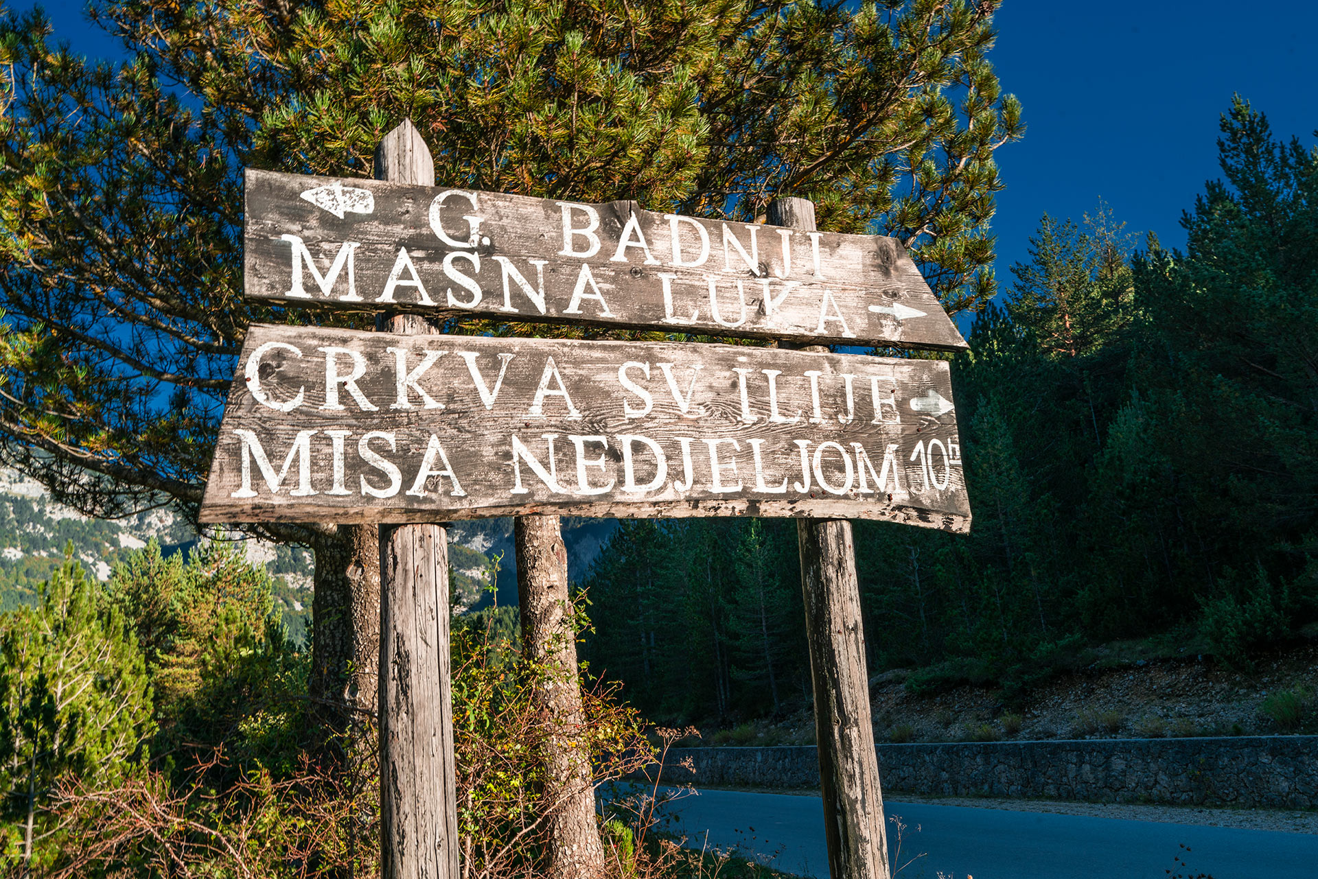 Signpost in Blidinje NP