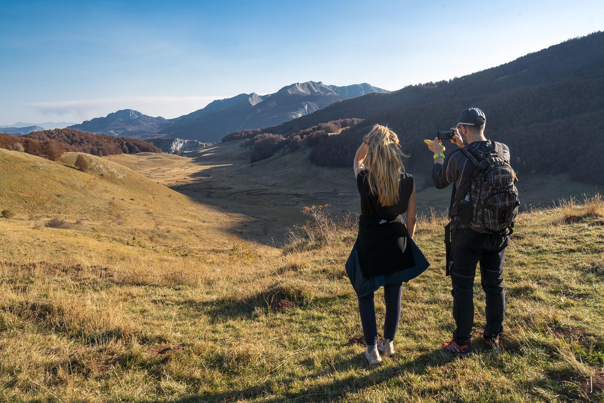 Hikers looking at the Studeni potok